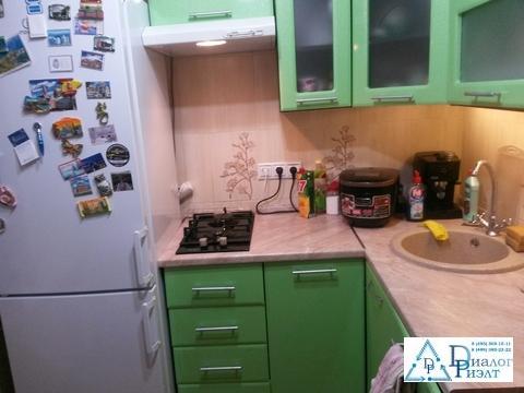 1-комнатная квартира в г. Дзержинский, с отличным ремонтом - Фото 1