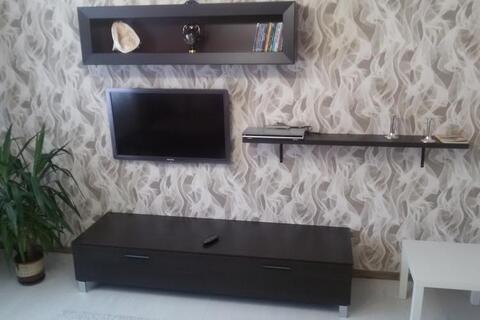 Сдам двухкомнатную меблированную квартиру на длительный срок., Аренда квартир в Дорогобуже, ID объекта - 330853352 - Фото 1