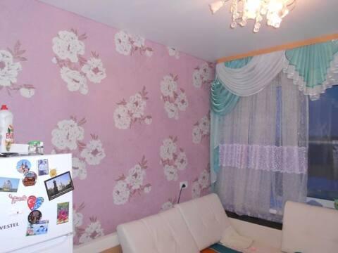 Продажа комнаты в четырехкомнатной квартире на улице Строителей, 22 в ., Купить комнату в квартире Заречного недорого, ID объекта - 700753952 - Фото 1