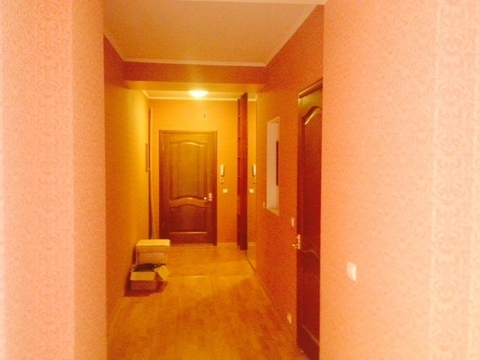 Сдам 2 комнатную в центре - Фото 2