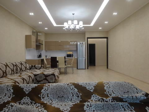 Сдаю 3-комнатную квартиру в ЖК Берег-улица Мусина, 1 - Фото 3