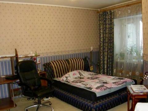 Продам 2-комнатную в центре - Фото 1