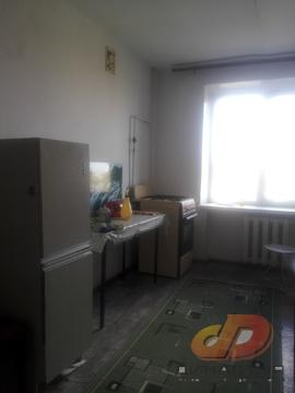 Трёхкомнатная квартира ул. Октябрьская, кирпичный дом - Фото 1