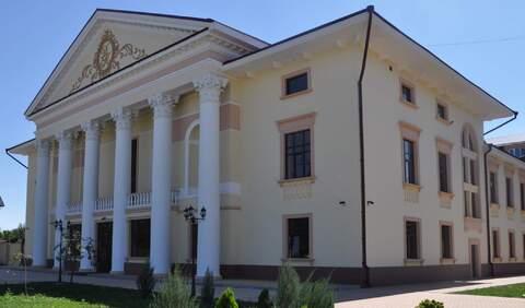 Продам здание: 2368 кв.м, Армавир - Фото 1