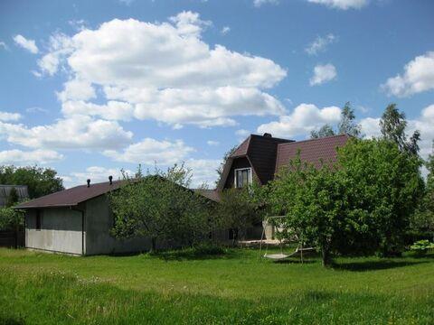 Уникальный жилой дом 272 м2, с гаражом, на ухоженном участке 15 . - Фото 1