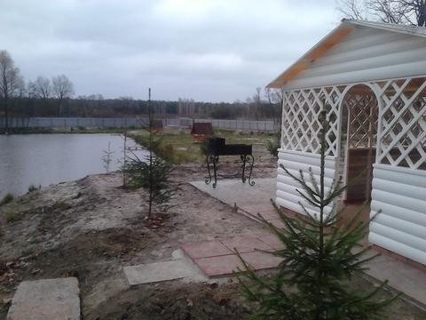 Земельный участок с водоёмом на территории - Фото 1