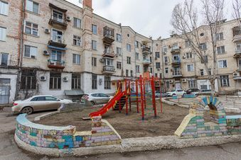 Продажа квартиры, Астрахань, Ул. Адмиралтейская - Фото 1