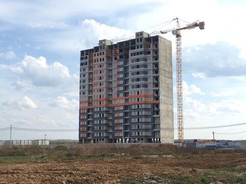 Большая 3-х комнатная квартира в новом доме с индивидуальным отопл. - Фото 1