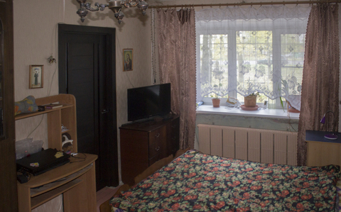 Квартира расположена в кирпичном доме. Комнаты смежные, большая и ., Купить квартиру в Ярославле по недорогой цене, ID объекта - 322789978 - Фото 1