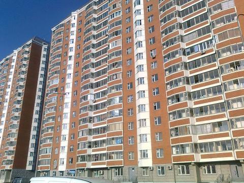 Сдаем 1-комнатную квартиру в Щербинке, ул.Захарьинские дворики-1к2 - Фото 1