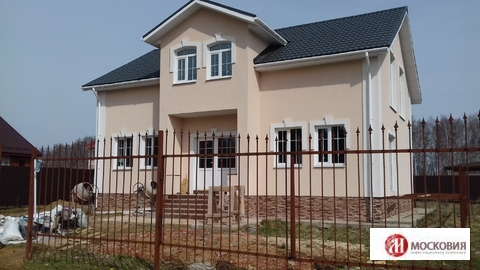 Продается дом 180 кв.м. с участком 10 соток - Фото 1