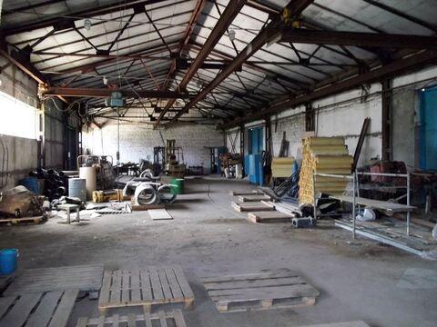 Производственно-складское здание 1000 кв.м, земли 28 соток - Фото 1