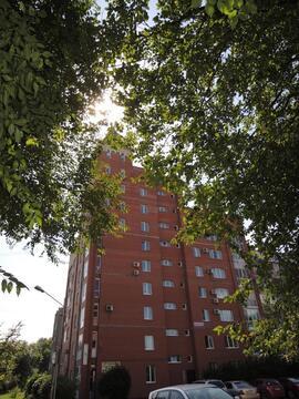 Отличная 2 (двух) комнатная квартира в Центральном районе г. Кемерово - Фото 1