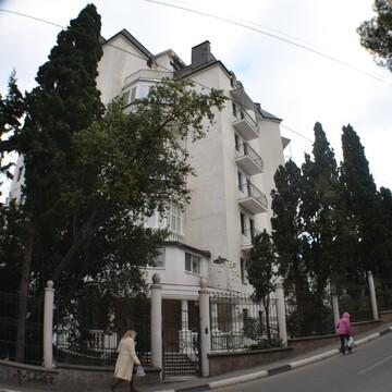 Просторная квартира в центре Ялты в элитном доме - Фото 3