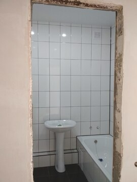 Продам квартиру с индивидуальным отоплением и частичным ремонтом - Фото 2