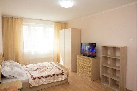 Объявление №61939789: Сдаю 1 комн. квартиру. Семикаракорск, Королёва, 5,