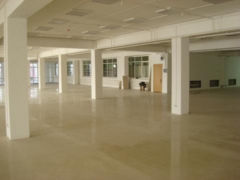 Сдается нежилое помещение на 2м этаже 3х этажного офисного здания - Фото 2