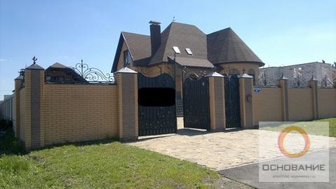 Двухэтажный коттедж с гостевым домом - Фото 1