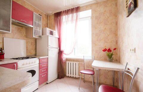 Сдаётся комната в 2х комнатной, Аренда комнат в Волжске, ID объекта - 700719453 - Фото 1