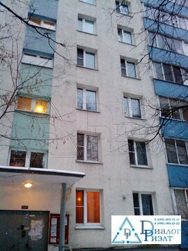 Продается трехкомнатная квартира в пешей доступности от метро - Фото 1
