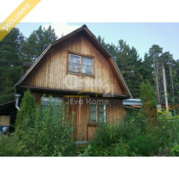 Жилой дом с земельным участком - Фото 1