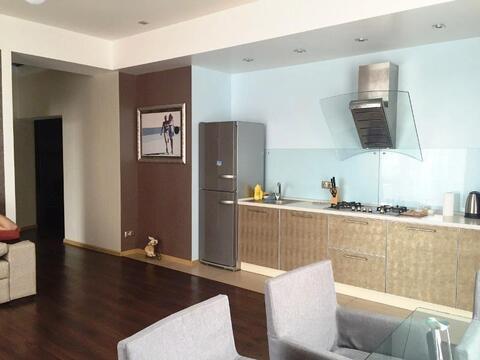 Красивая 3-к.квартира в Ялте в ЖК с бассейном, Ялта, Купить квартиру в Ялте по недорогой цене, ID объекта - 316452433 - Фото 1