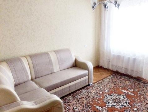 Сдам 2к.квартиру на Заречной, мебель современная. - Фото 1