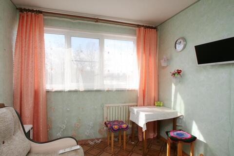 Сдаётся комната в 5 минутах ходьбы от метро пр. Ветеранов - Фото 2