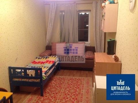 Двухкомнатная квартира в центре с современным ремонтом, Продажа квартир в Воронеже, ID объекта - 322786432 - Фото 1