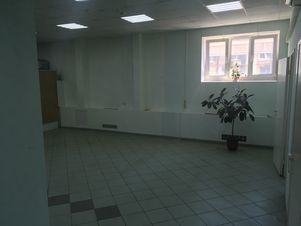 Аренда торгового помещения, Волгоград, Ул. Рабоче-Крестьянская - Фото 2