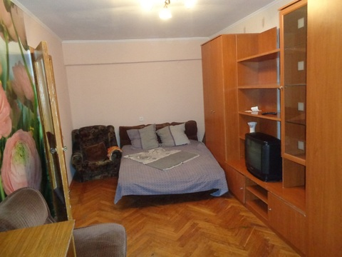 2 комнатная квартира с ремонтом в центре на улице Рахова,103/115 - Фото 1