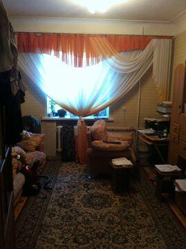 Продам 2-комнатную квартиру на Среднем поселке, по адресу: ул. Клубная . - Фото 1