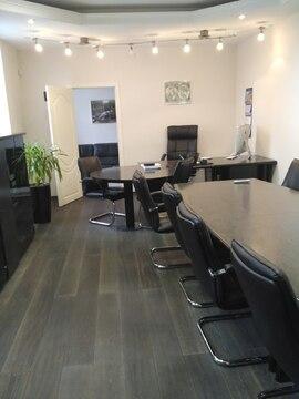 Офис бизнес класса с мебелью 246,5 кв.м, территория 76 соток - Фото 2