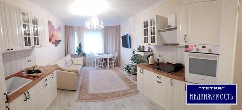 Продается отличная двухкомнатная квартира в г.Троицк(Новая Москва), Продажа квартир в Троицке, ID объекта - 327384437 - Фото 1
