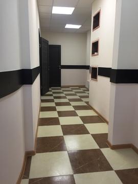 Сдается офисное помещение 200 кв.м с отдельным входом. - Фото 1