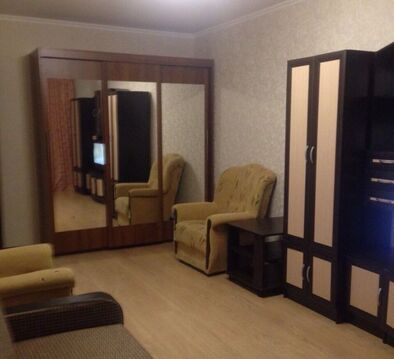 Аренда комнаты, Суровикино, Суровикинский район, 1 микрорайон - Фото 1
