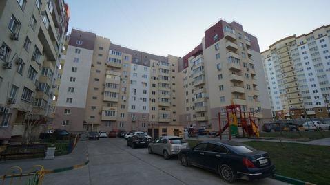 Купить квартиру с ремонтом в Южном районе, монолит. - Фото 1