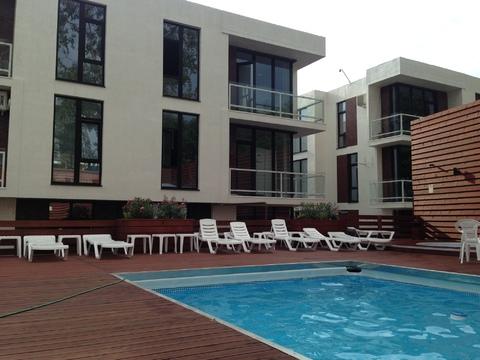 Новая студия в центре Сочи в доме бизнес класса с бассейном - Фото 1