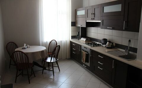 Сдается 3-х комнатная квартира в хорошем районе - Фото 1