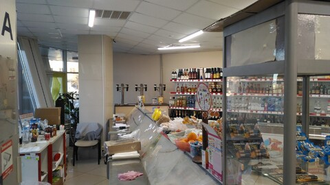 Аренда помещения под магазин 122м - Фото 1