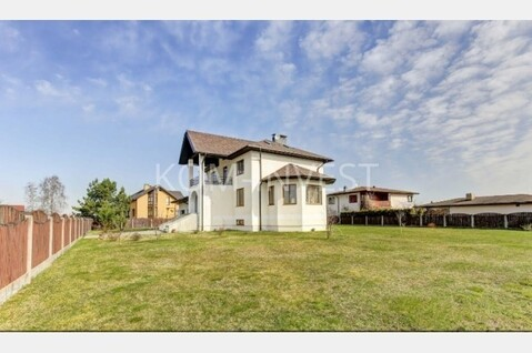 Большой дом с камином в Марупе - Фото 2