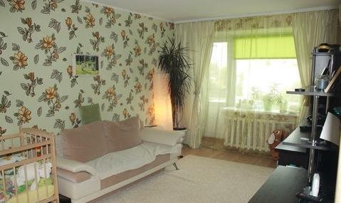 Продается 1-комнатная квартира на ул. им Рахова В.Г, д.53, Купить квартиру в Саратове по недорогой цене, ID объекта - 322191364 - Фото 1