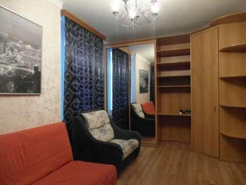 Комната ул. Фрезеровщиков 28 - Фото 1