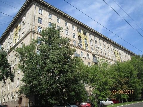 Продается 1 кв.в сталинском доме, потолки 3,2м, рядом с метро Дубровка. - Фото 1