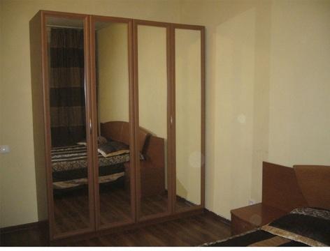 Сдаю на часы и сутки 1-комнатную квартиру на ул. Политбойцов, 7 - Фото 2