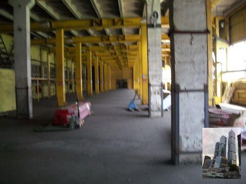 Сдается теплое помещение под склад площадью 2325 кв.м. на ул. Деловая . - Фото 1