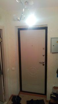 Продам 1 комн кв на среднем этаже - Фото 1