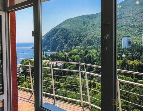 Продам апартаменты с самым красивым видом в Партените. - Фото 1