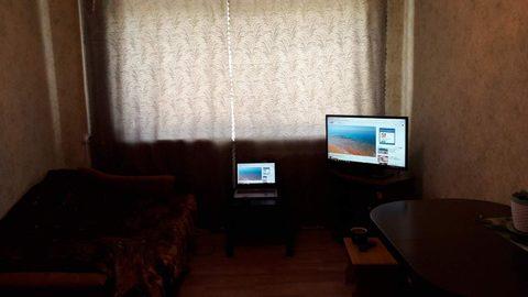 Продается комната на ул. 50 лет Октября, д. 5а (к091) - Фото 2