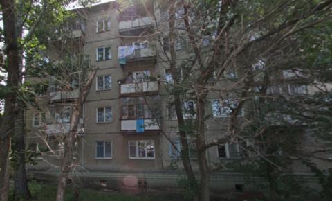 1 650 000 Руб., Трехкомнатная, город Саратов, Купить квартиру в Саратове по недорогой цене, ID объекта - 331750685 - Фото 1